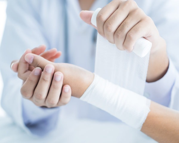 CELADOR-HOSPITALES-MASTER-EN-PRIMEROS-AUXILIOS